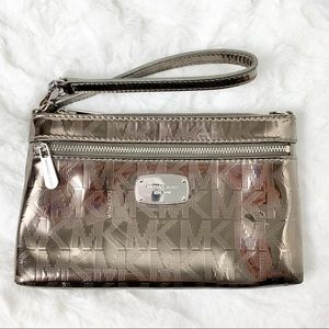Michael Kors Jet Set Mirror Metallic Wristlet